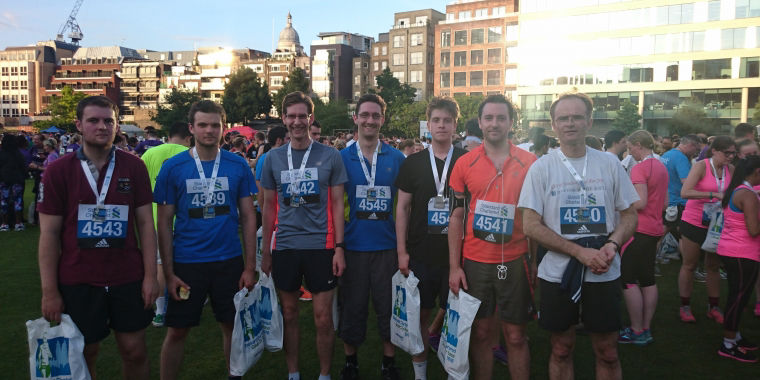 Page White and Farrer IP attorneys run the Standard Chartered Great City Race on 14 July 2016